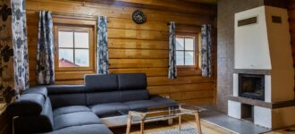 Chata SnowFlake 1 s balkónom - pod lyžiarskym svahom